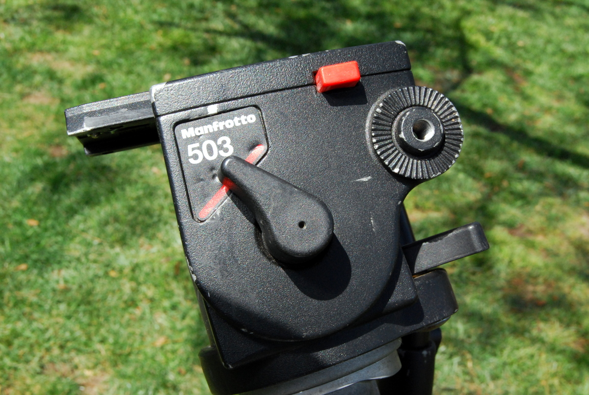 Manfrotto-3021-Pro-tripod-with-Bogen-503-fluid-head-video